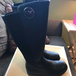 Toddler size 11 MK Boots